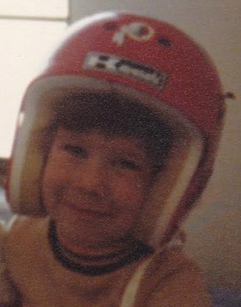 A rare photo of The Cli3nt in his helmet a few short months after falling off the slide